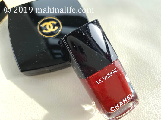 CHANEL2019holidayvernis